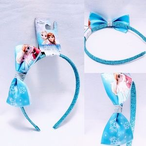 Disney's Frozen Sparkly Head band with Bow🆕🦄